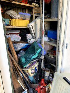 藤枝のお客様、タイヤホイール、農機具、木材、ブリキ缶、その他不用品を回収させて頂きました。