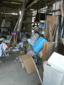 木製ラック、資材、その他備品類を回収させて頂きました。