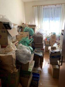 掛川市のお客様、プラスチック類、紙類、衣類、その他の不用品を回収させて頂きました。