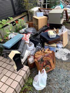 焼津市のお客様、家具、家電、プラスチック、その他不用品を回収させて頂きました。