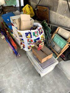 焼津市のお客様、スキー板、台車、コンテナ、折りたたみチェア、その他不用品を回収させて頂きました。