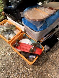 焼津市のお客様、スケートボード、食器、コンテナ、チャイルドシート、その他不用品を回収させて頂きました。