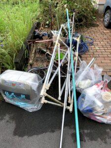 藤枝市のお客様、石油ファンヒーター、自転車、物干し、ホースリール、その他不用品を回収させて頂きました。